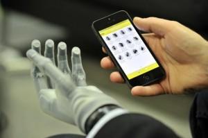 i-Limb-Ultra-Touch-Bionics-0-537x357